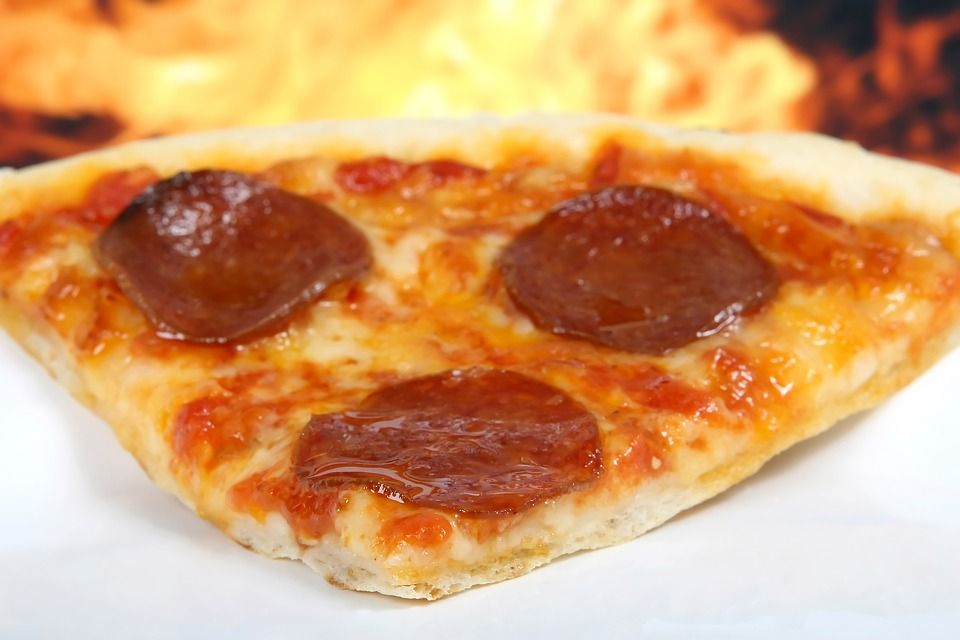 Pizza: Carta de Pizzería Heladería El Paseo