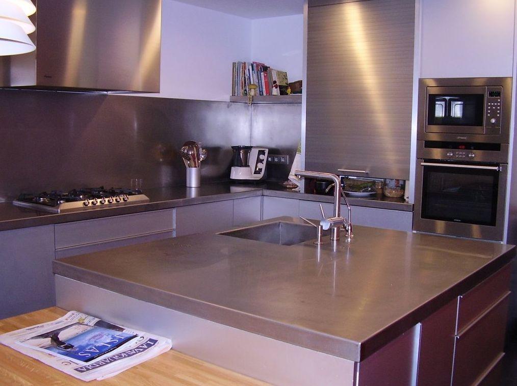 Mobiliario de cocina en acero inoxidable