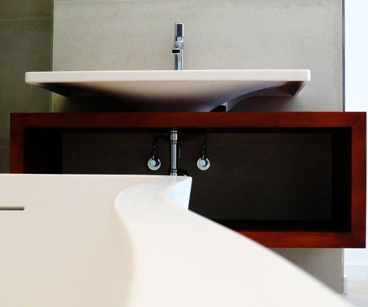 Instalación de muebles de cuarto de baño en Pamplona