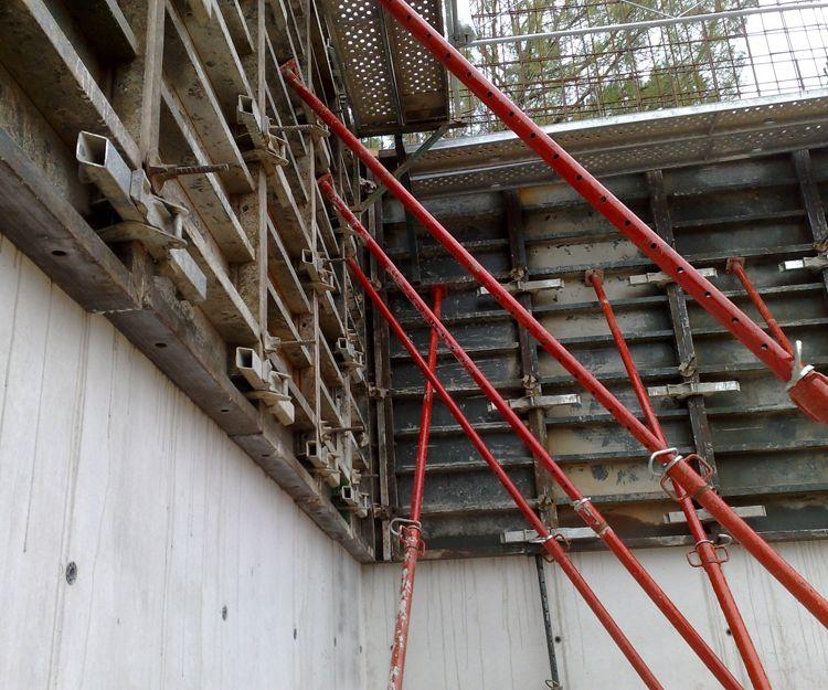 Construcción de frontón en Pamplona