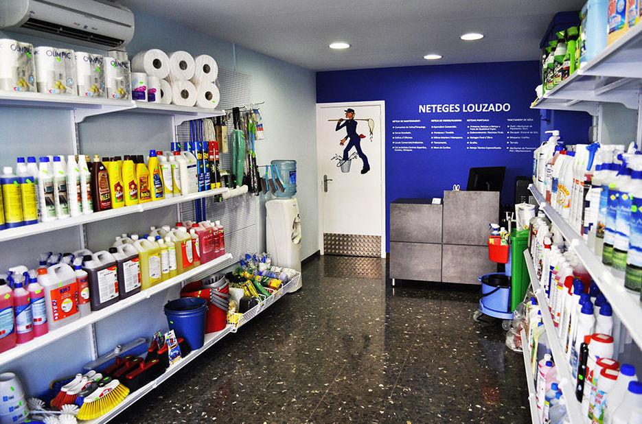 Foto 3 de Limpieza (empresas) en Barcelona | Neteges Louzado, S.L.