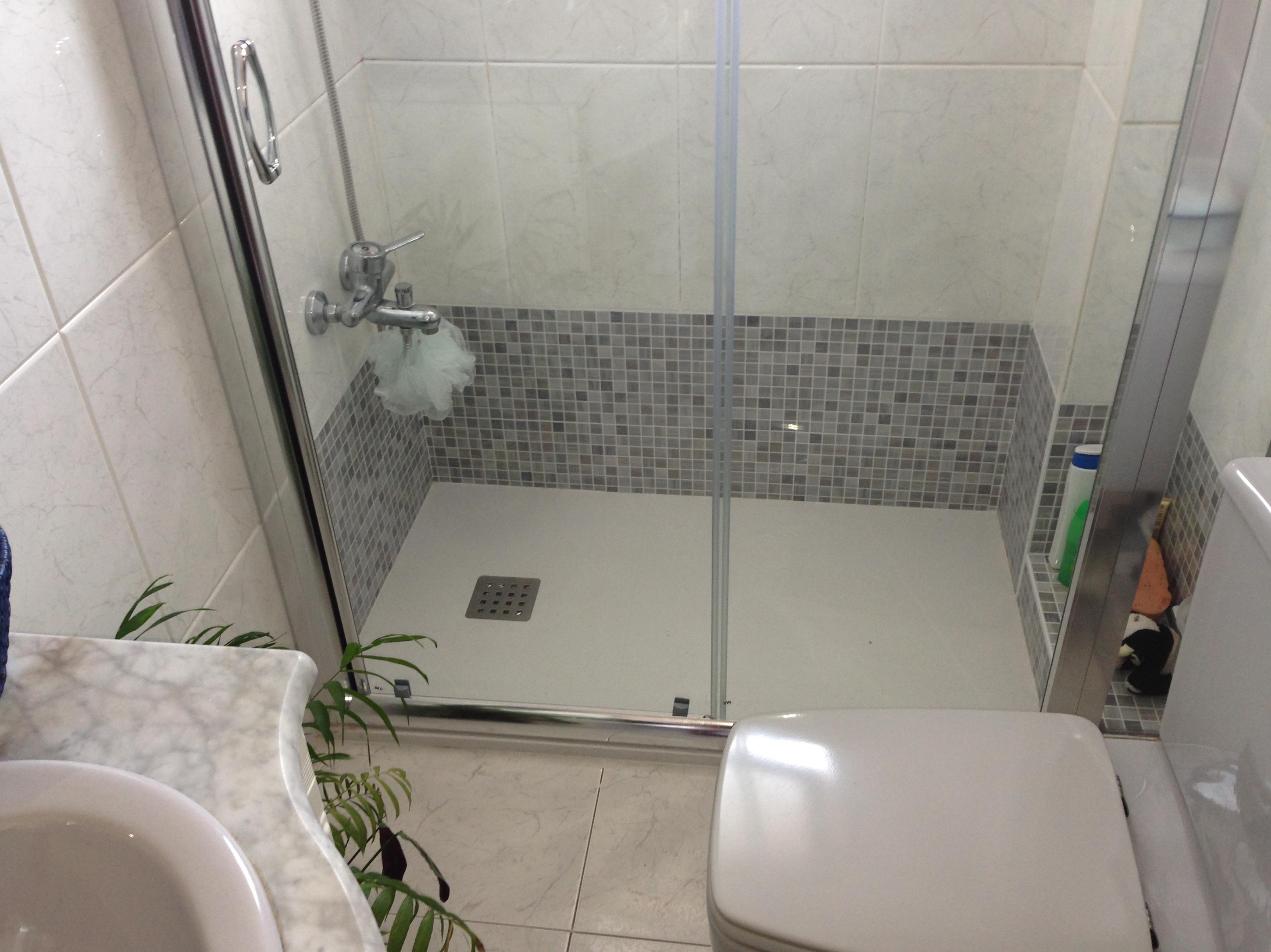 Cambio de ba era por plato de ducha trabajos realizados - Quitar banera y poner plato de ducha ...