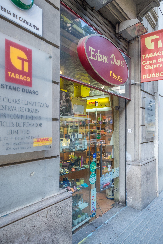 Foto 8 de Estancos en Barcelona   Estanc Duaso