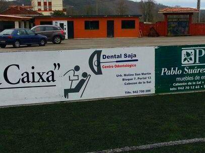 Dental Saja con el deporte apoyando al textil escudo club de fútbol