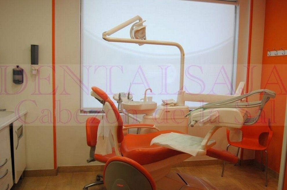 Foto 3 de Dentistas en Cabezón de la Sal | Dental Saja - Clínica Dental Dra. Sonia Fernández