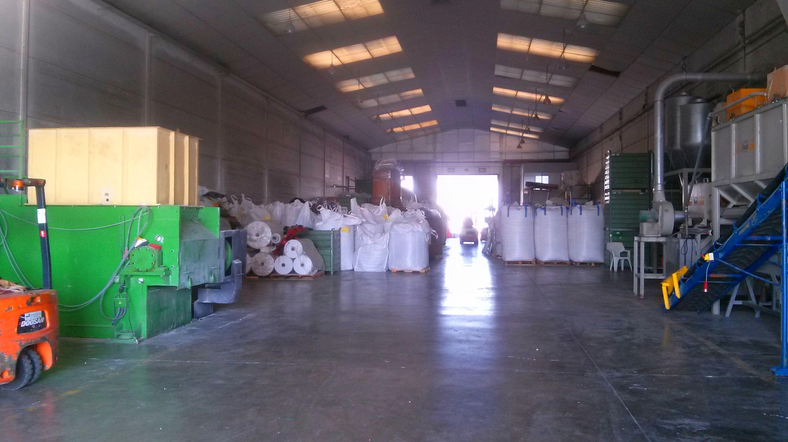 Foto 8 de Reciclaje de residuos en Manises | PalePlast, S. L.