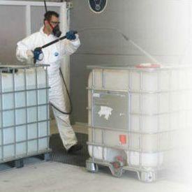 Servicios de productos peligrosos: Servicios de PalePlast, S. L.
