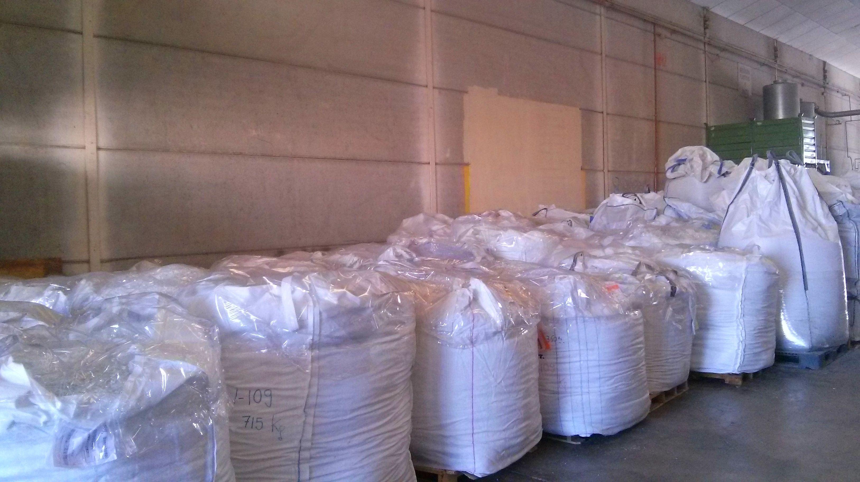 Foto 11 de Reciclaje de residuos en Manises | PalePlast, S. L.