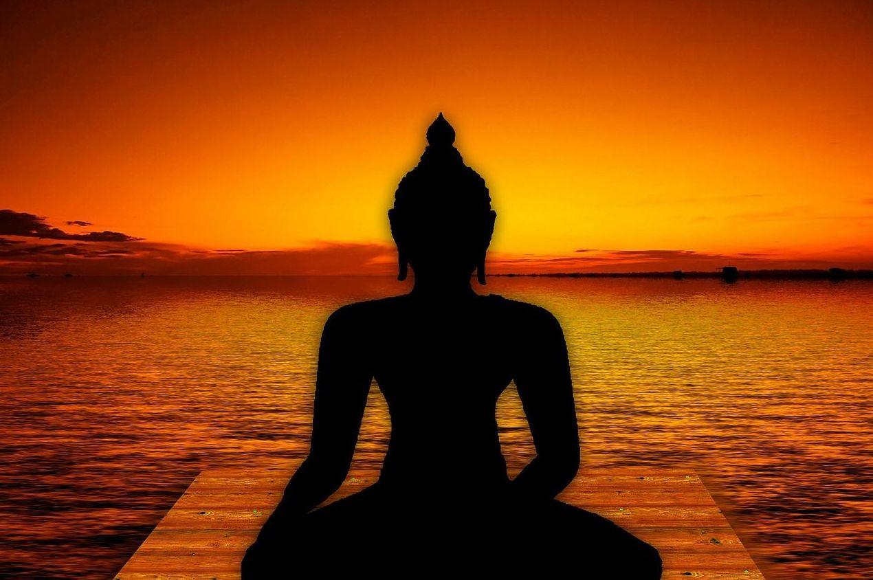 Formación a profesores de yoga.: ¿Qué hacemos?  de Centro Milarepa yoga y psicoterapia