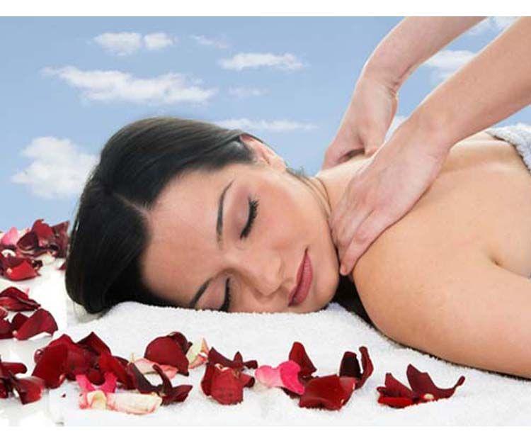 Masaje relajante de cuerpo completo con crema de rochas