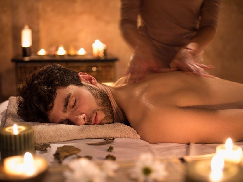 Erotic massage center in Usera