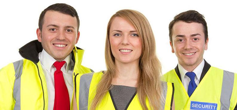 Ropa laboral y chalecos reflectantes para personal de seguridad