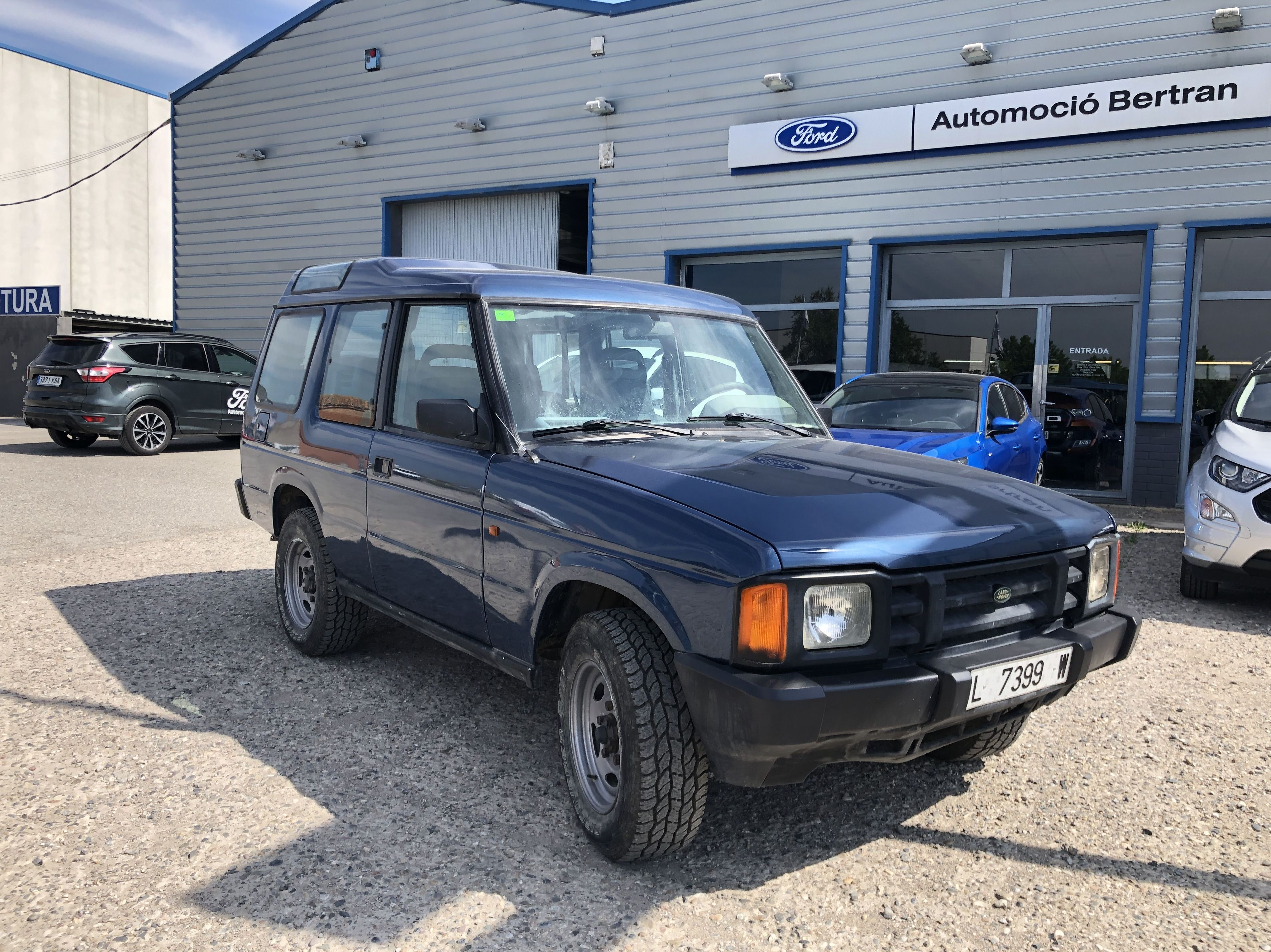 Land Rover Discovery TD200 4500€: Coches Km 0 y de ocasión de Automoció Bertran S L