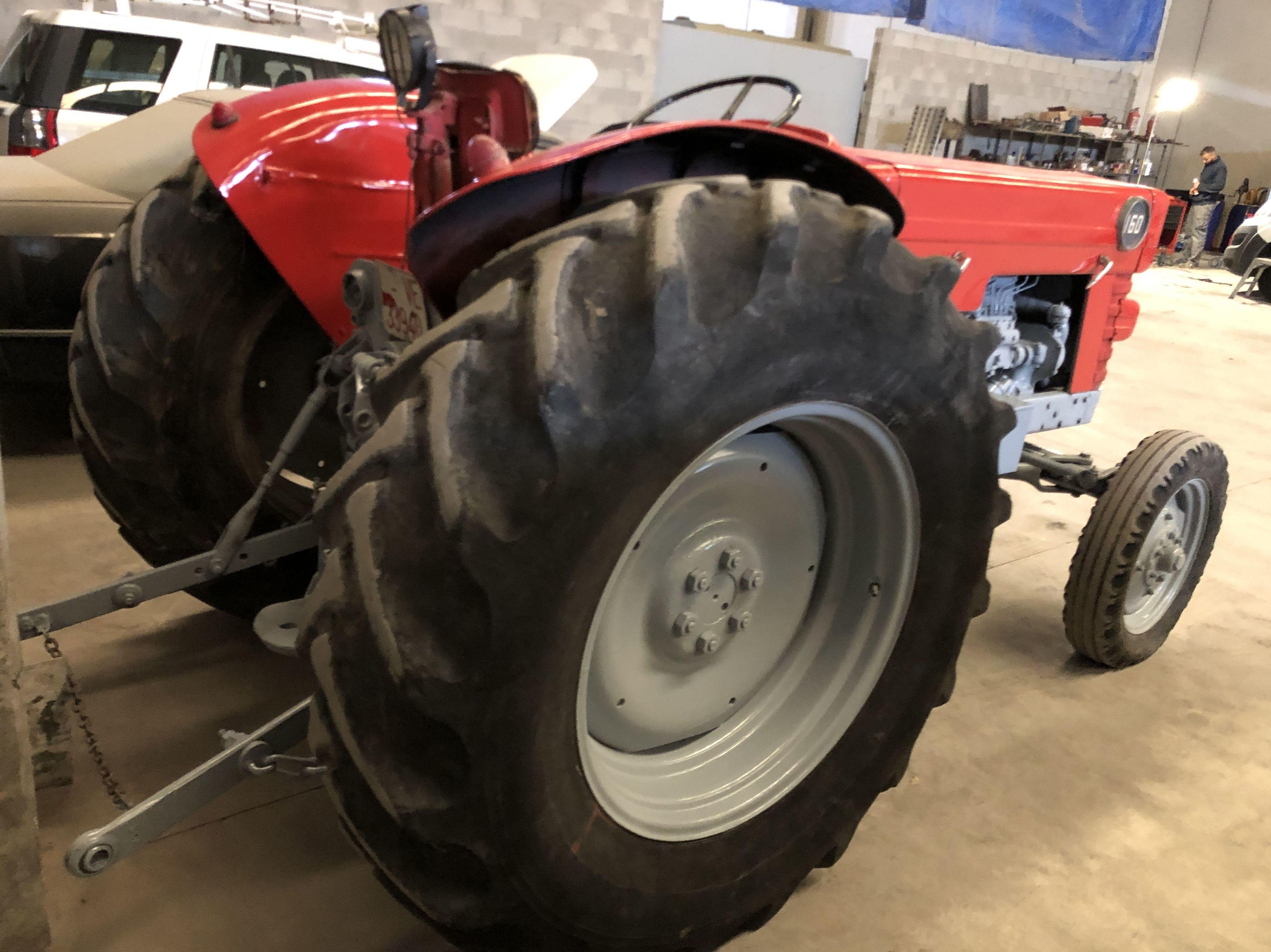 Tractor Ebro Super 65 3900€: Coches Km 0 y de ocasión de Automoció Bertran S L