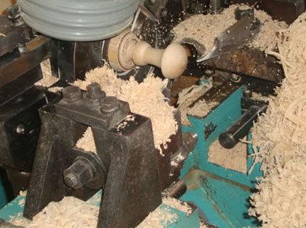 Instalaciones equipadas con maquinaria y herramientas especializadas