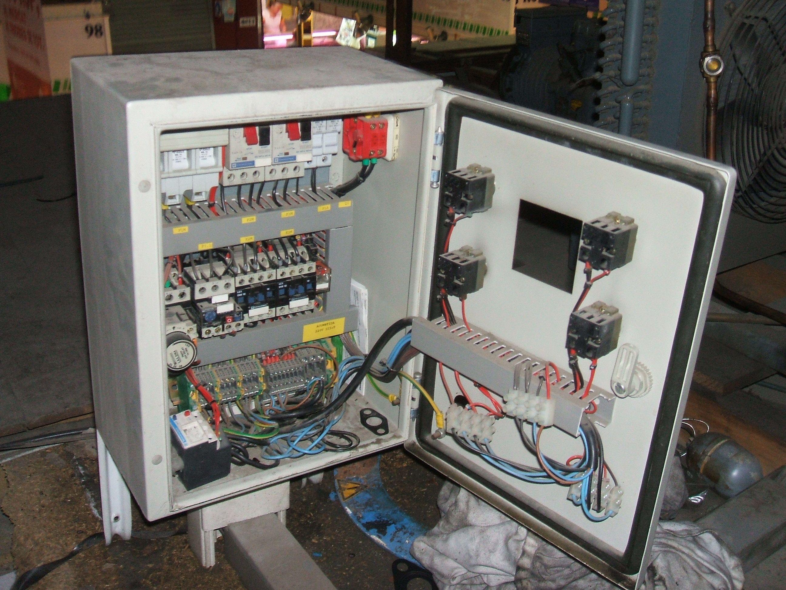 Instalaciones eléctricas: Servicios de Castellfred