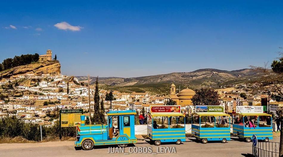 Vistas de Montefrío desde el tren turístico