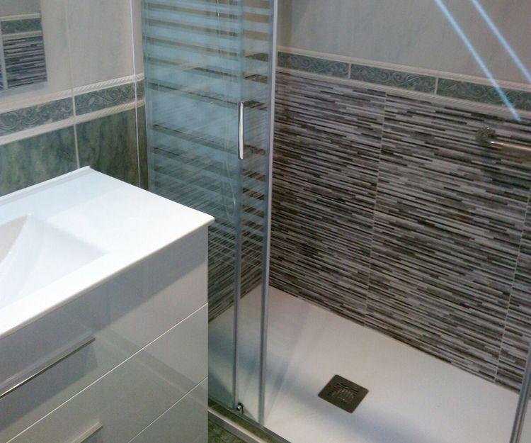 Trabajos de cambios de bañera por plato de ducha en Barcelona