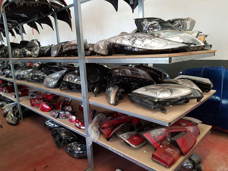 Venta de recambios y accesorios para todos los vehículos en Atarfe