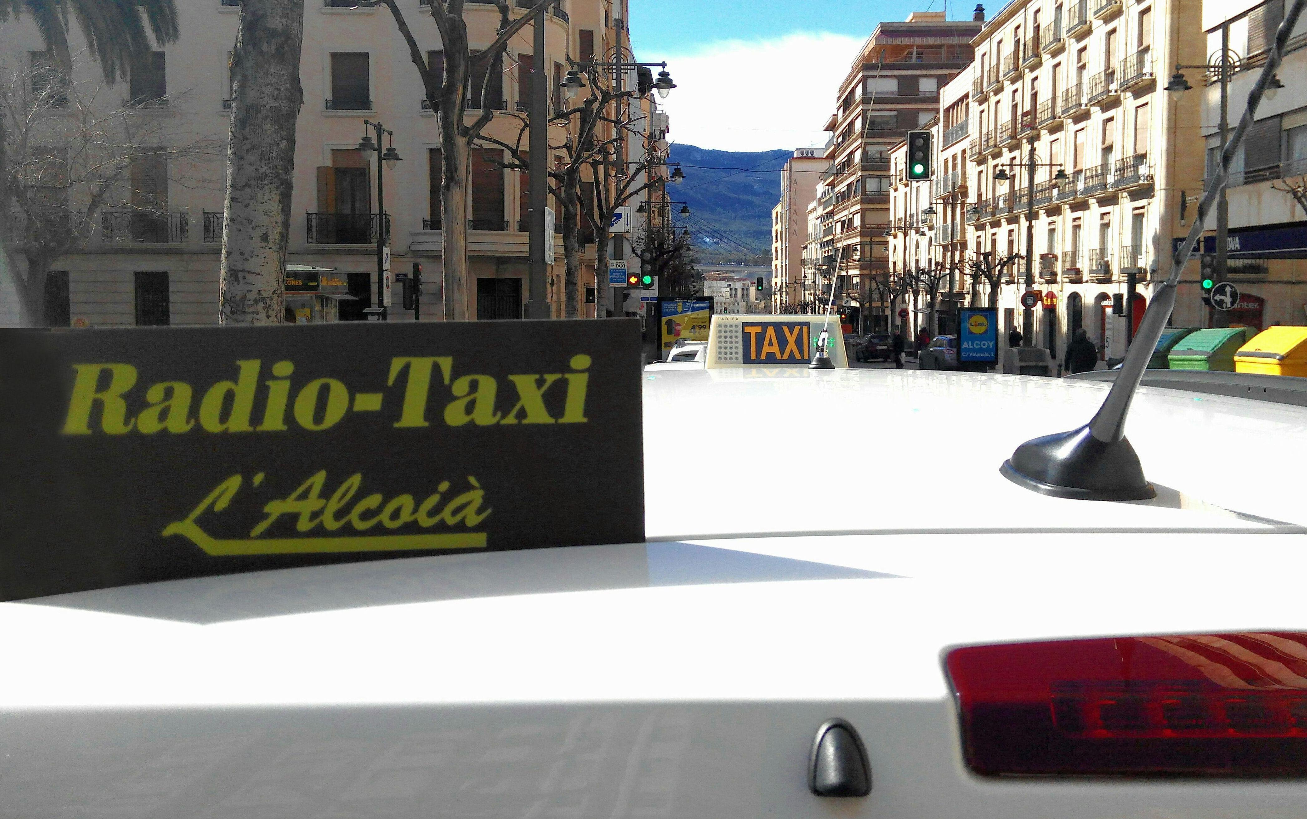 radio taxi en alcoy