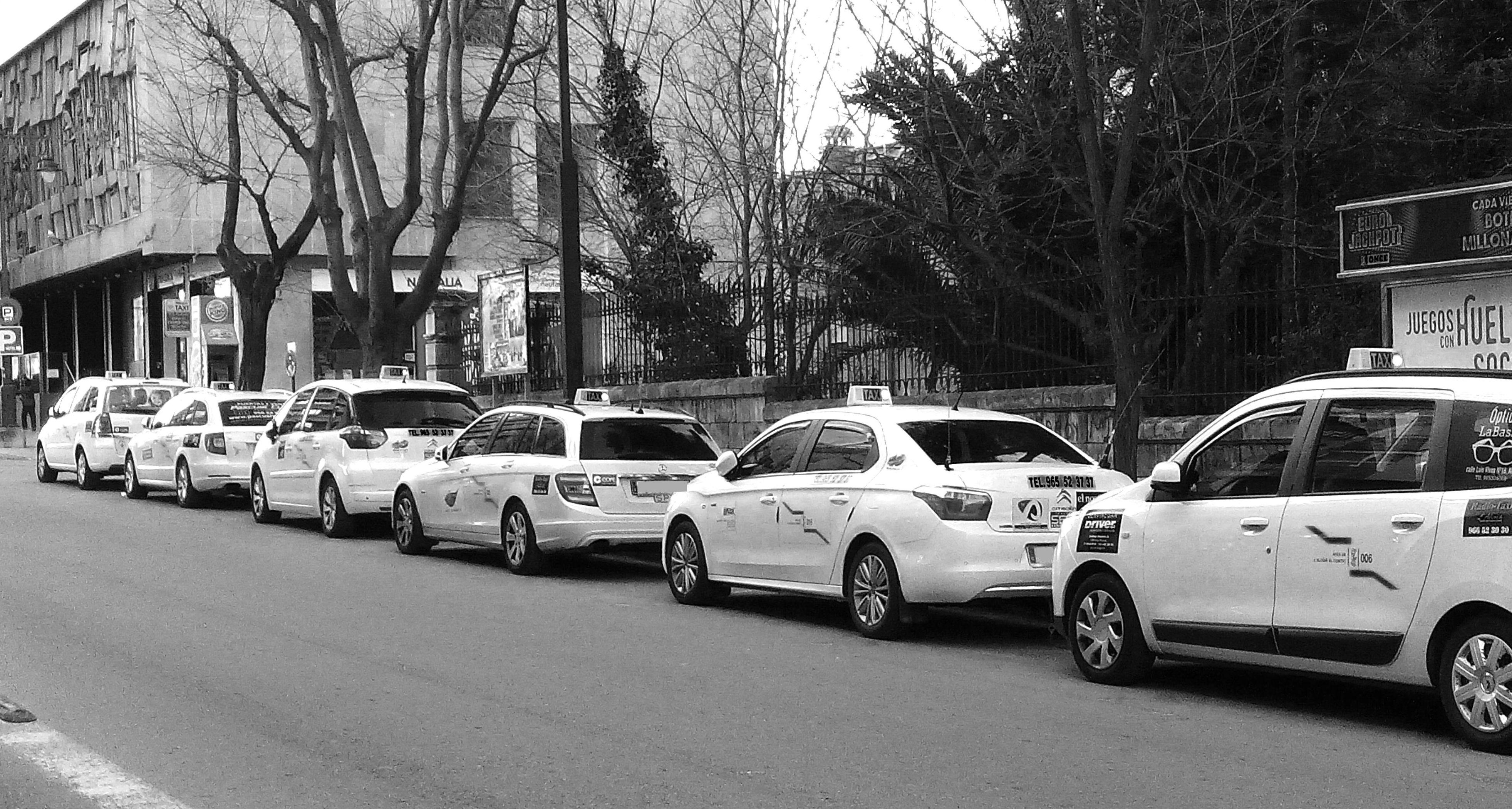 Servicio de radio-taxi en Alicante
