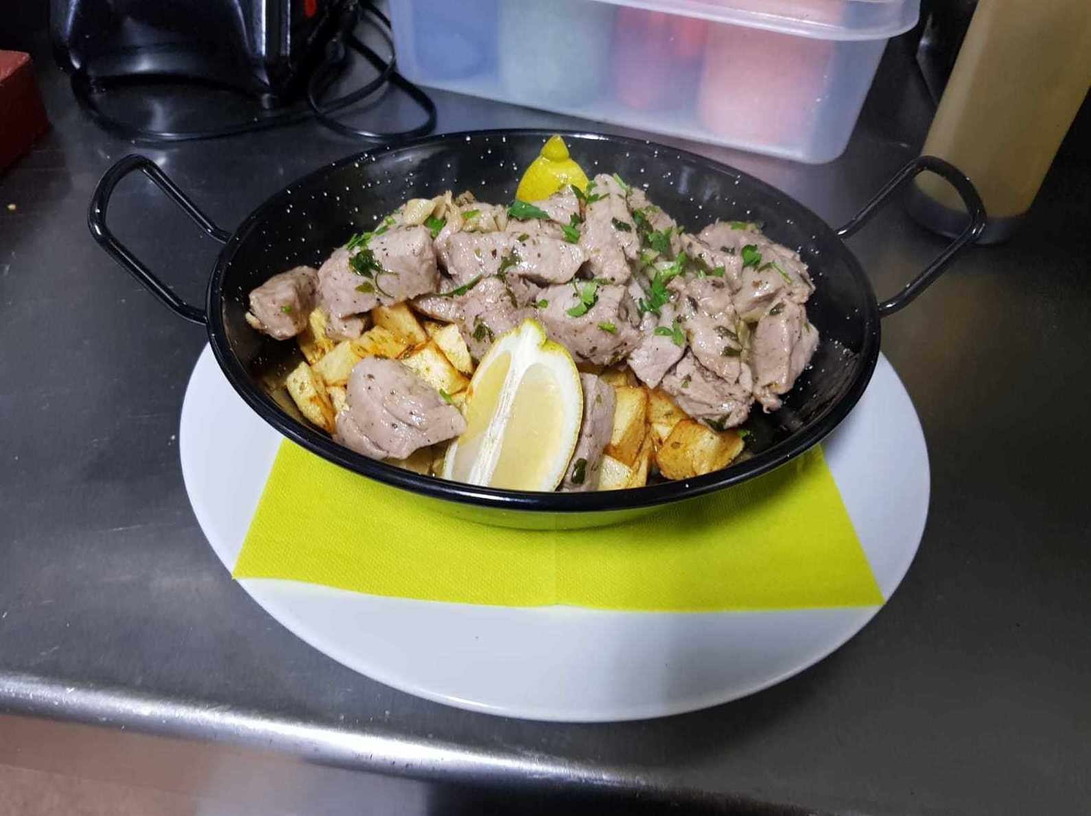 Foto 2 de Cocina tradicional en Puerto de la Cruz   Terraza Taoro