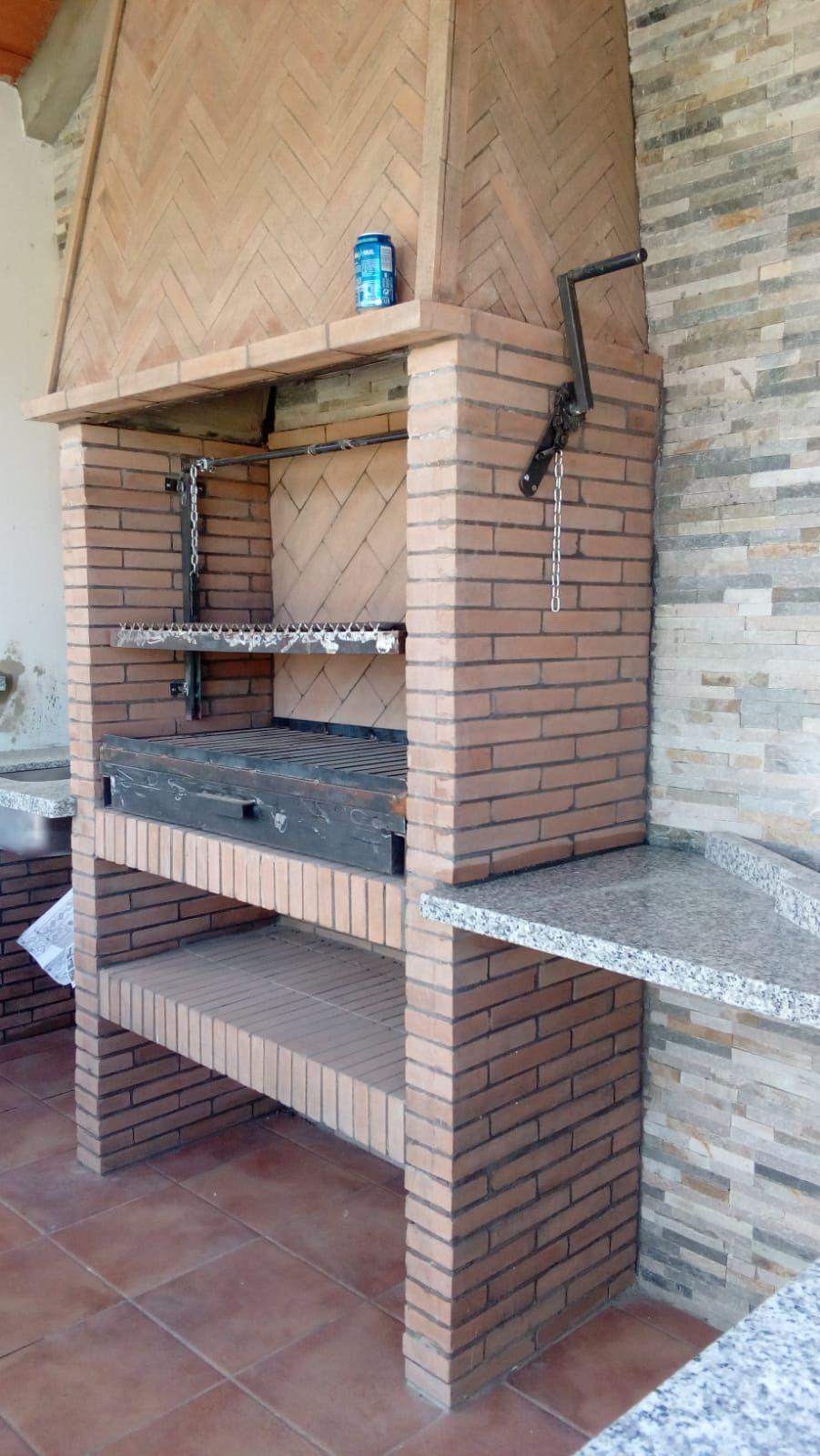 Barbacoa de obra en Huelva