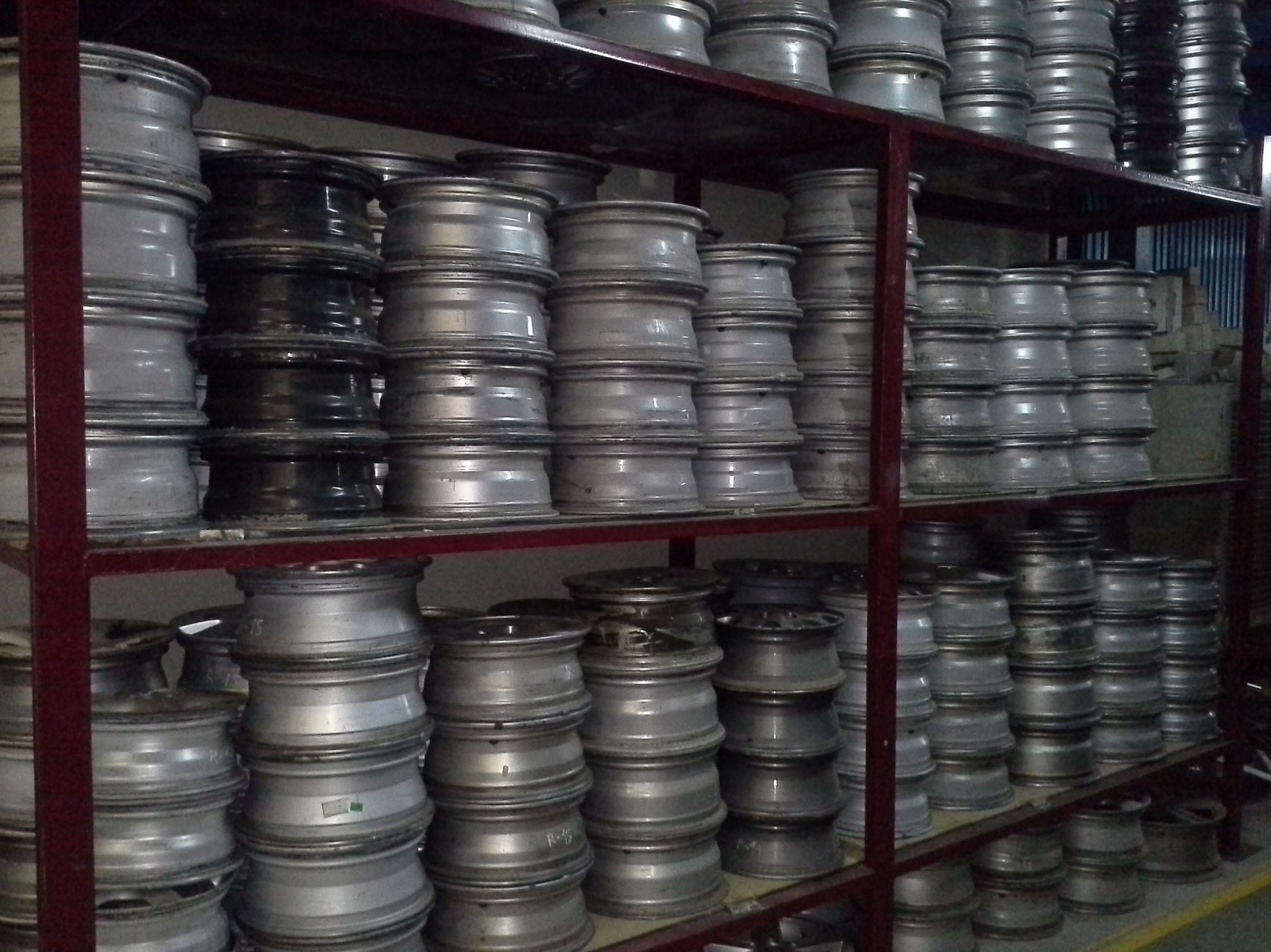 Llantas de aluminio usadas en Desguaces Clemente de Albacete