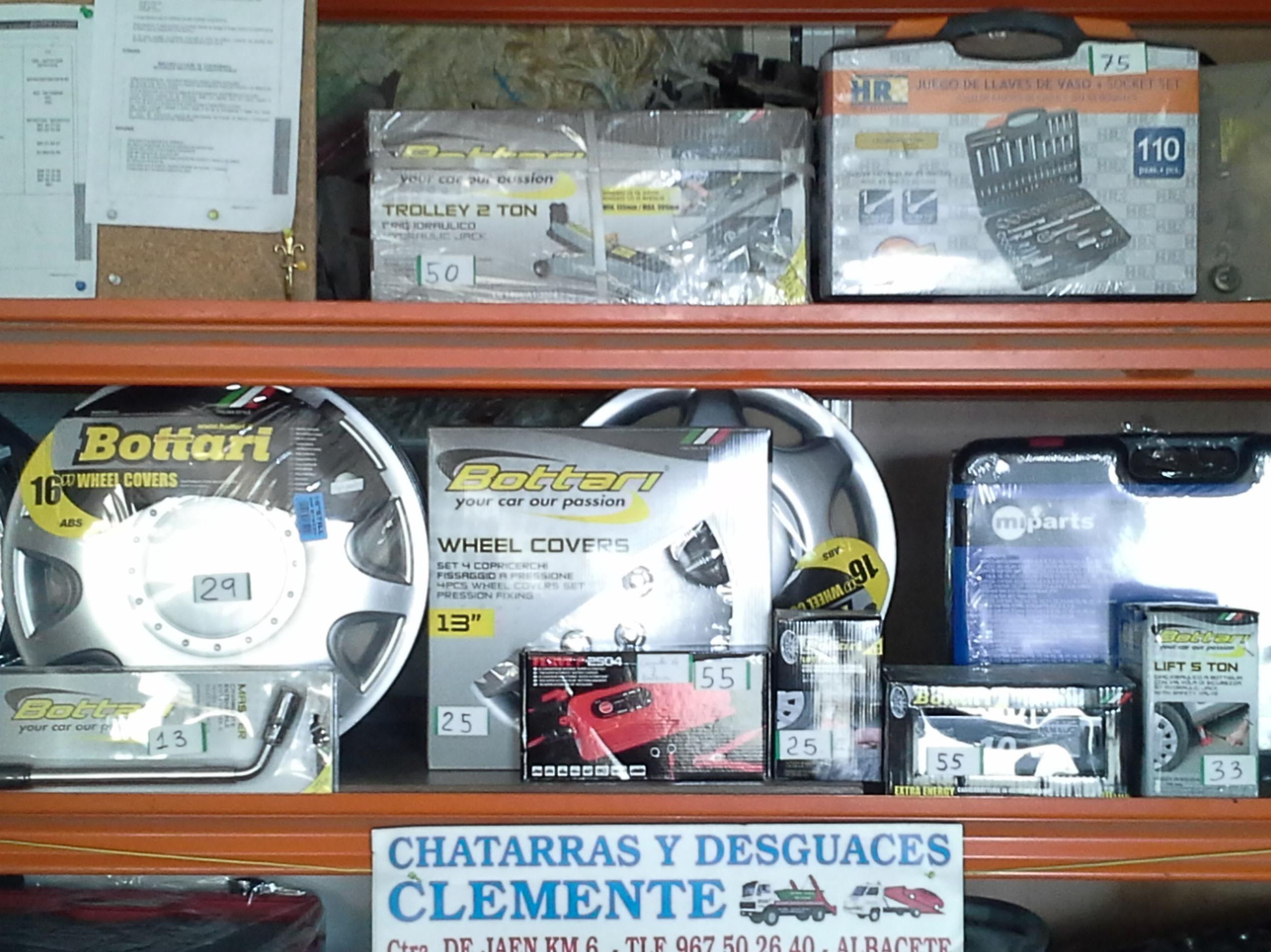 Objetos de ocasion en desguaces clemente de Albacete