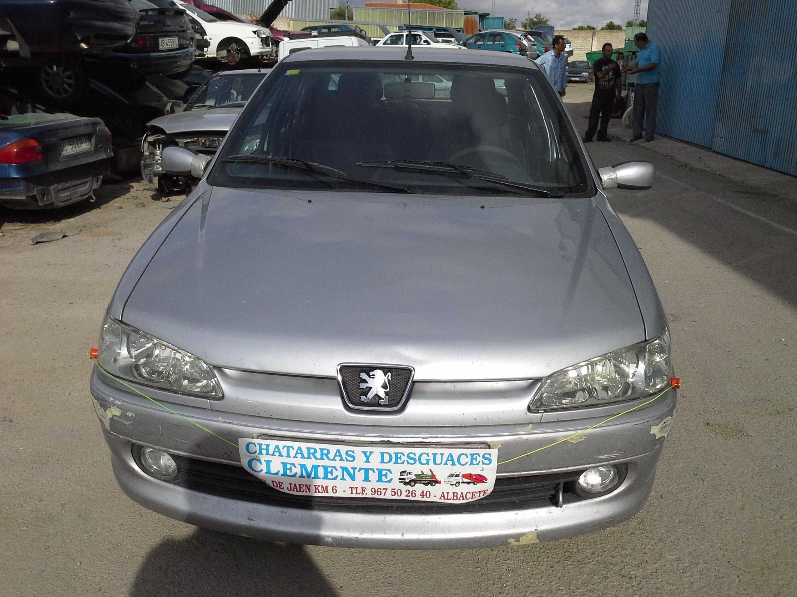 Peugeot 306 2.0 Hdi año 2000 para Desguace en Desguaces Clemente de Albacete
