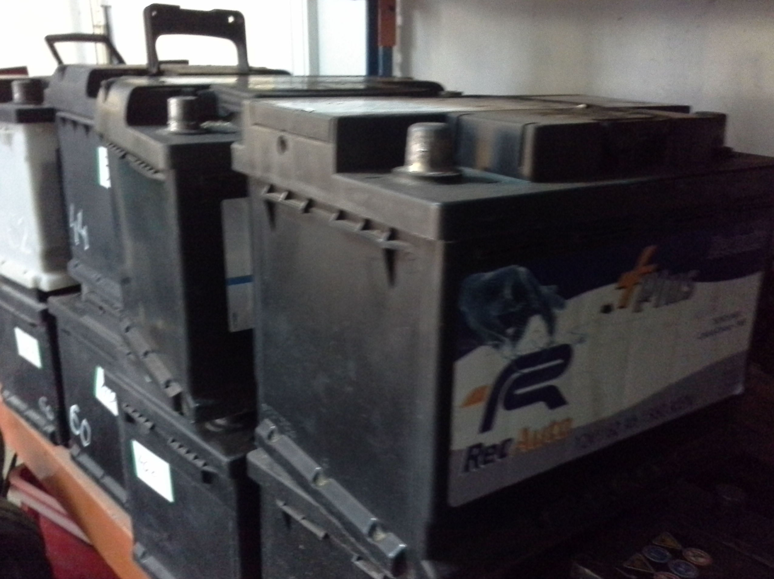 venta de baterias usadas en albacete. desguaces clemente