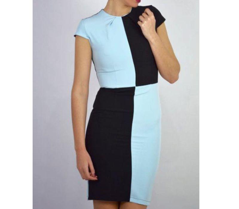 Vestido asimétrico color azul y negro