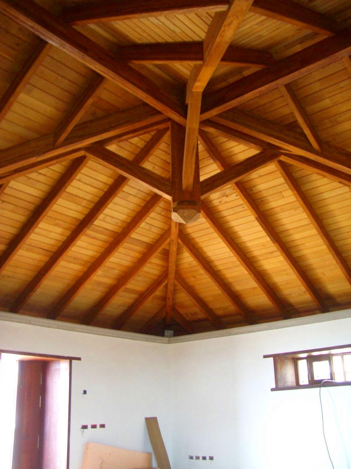 Foto 17 de casas de madera en tacoronte cortelima for Tejados de madera a 4 aguas