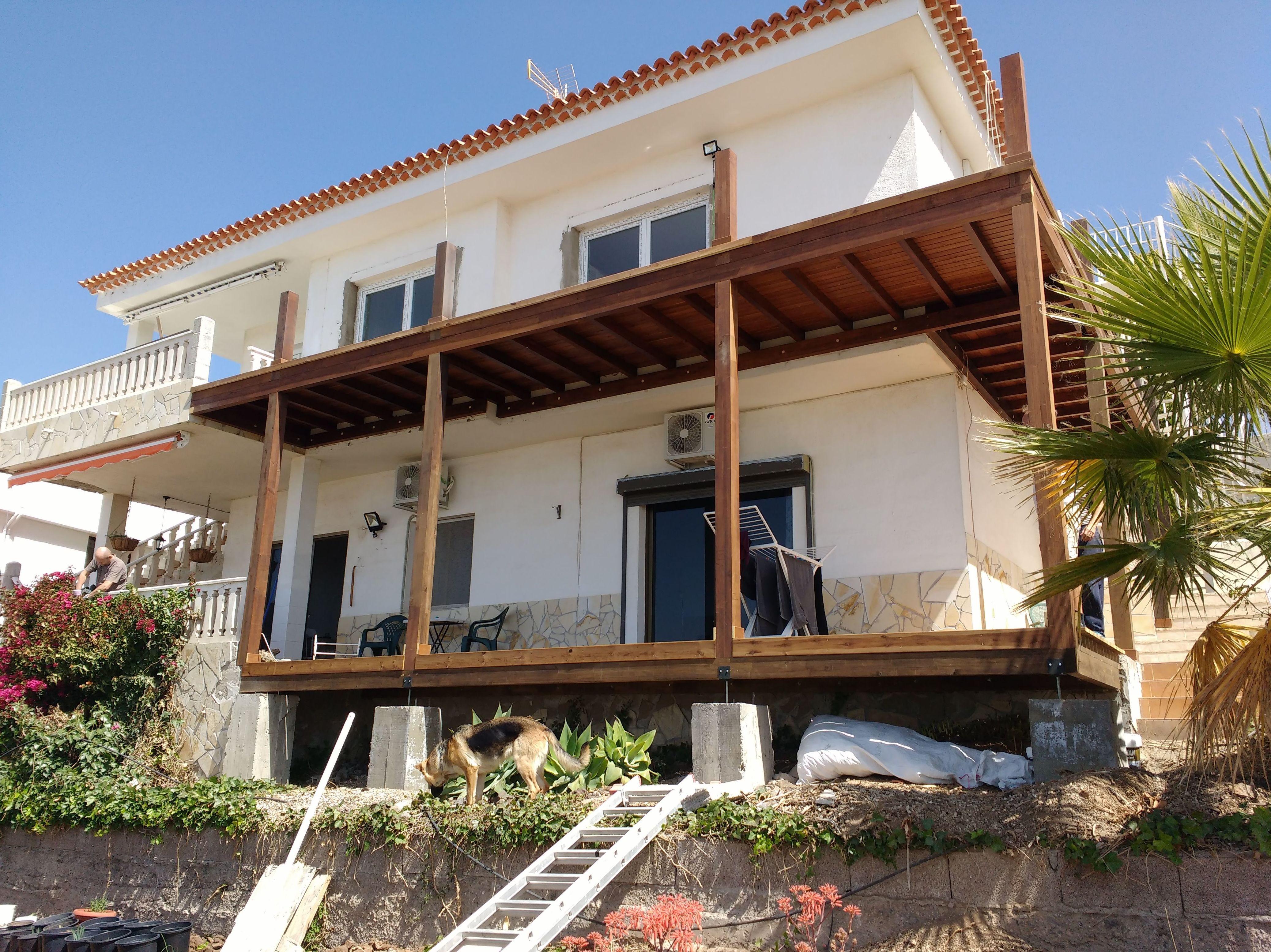 Balcón, deck de madera tenerife Sur