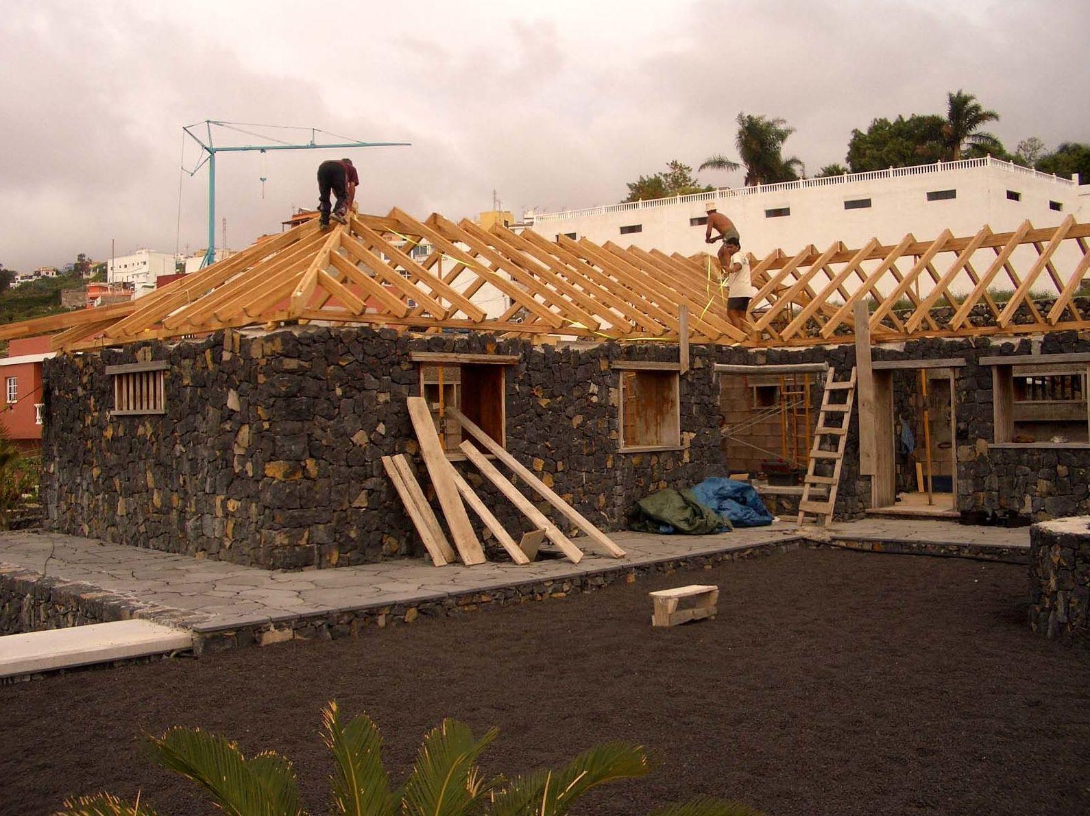 Wooden Roof installation Tenerife - Cortelima