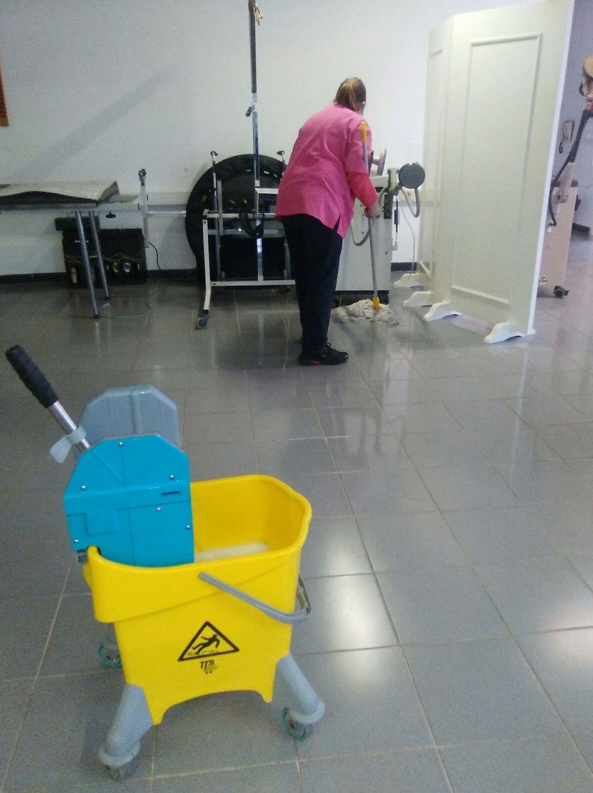 Servicio de limpieza para particulares y empresas