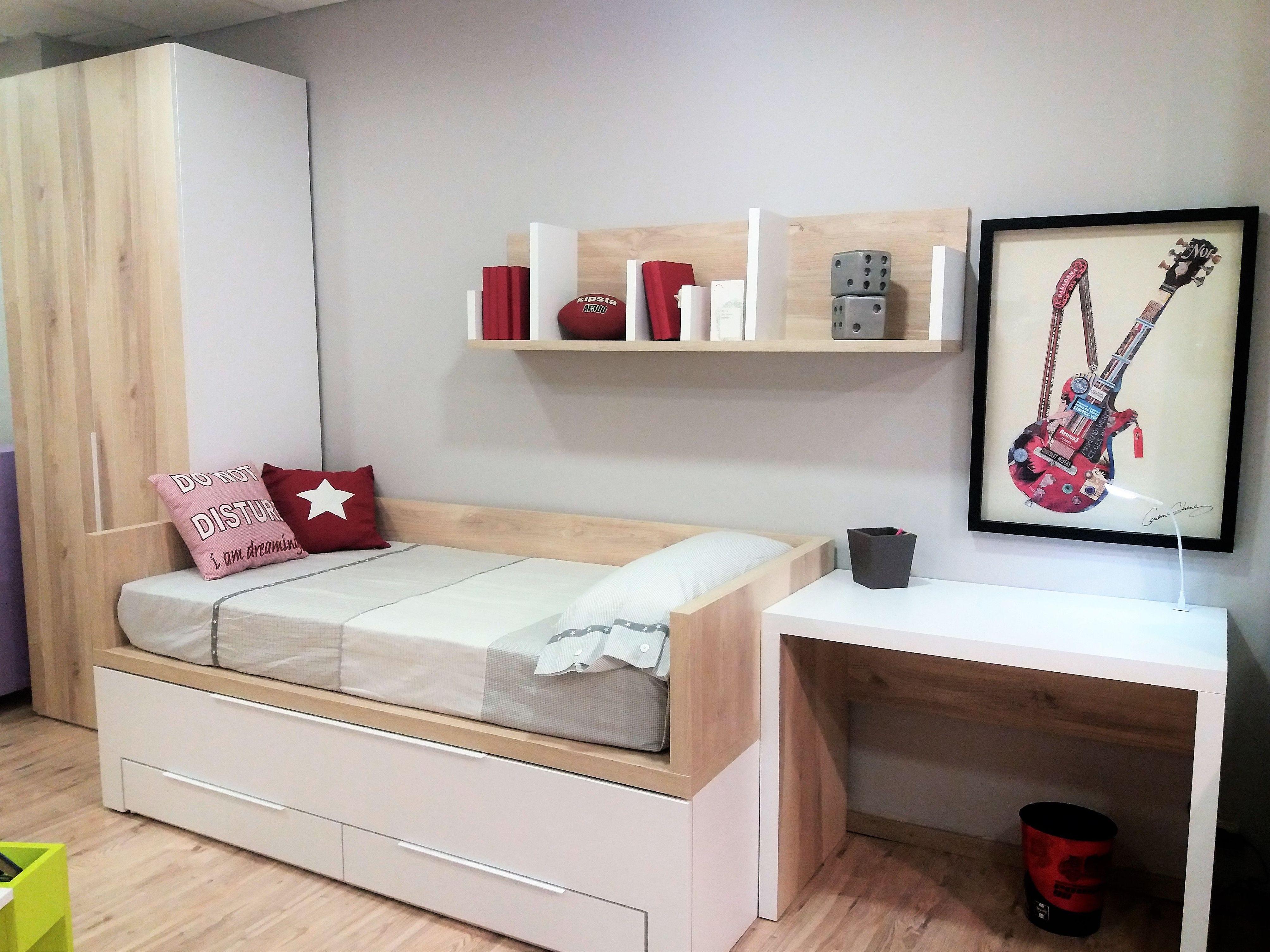 Foto 5 de Tienda de muebles en L'Hospitalet de Llobregat | Chousa