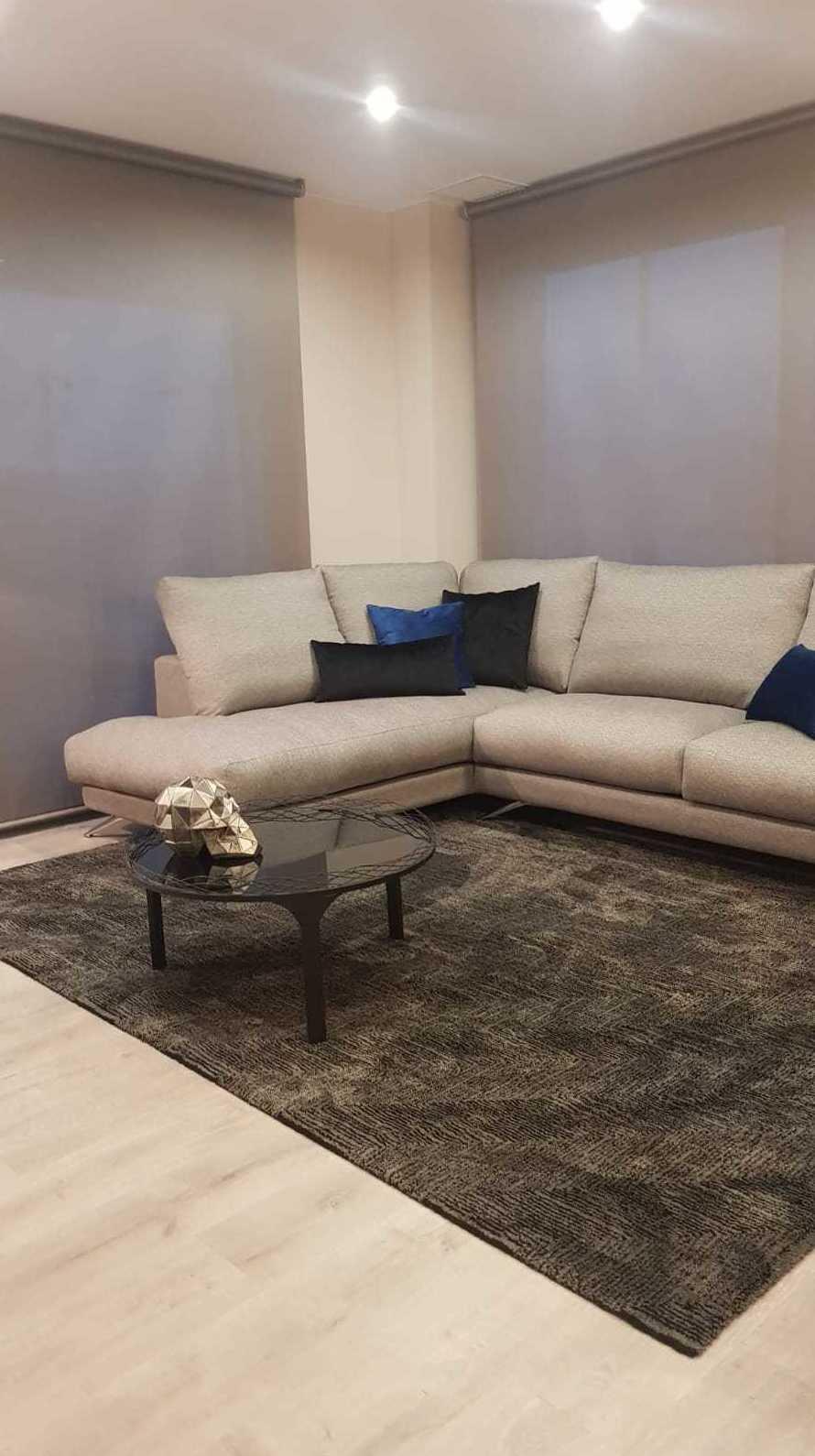 Foto 1 de Tienda de muebles en L'Hospitalet de Llobregat | Chousa