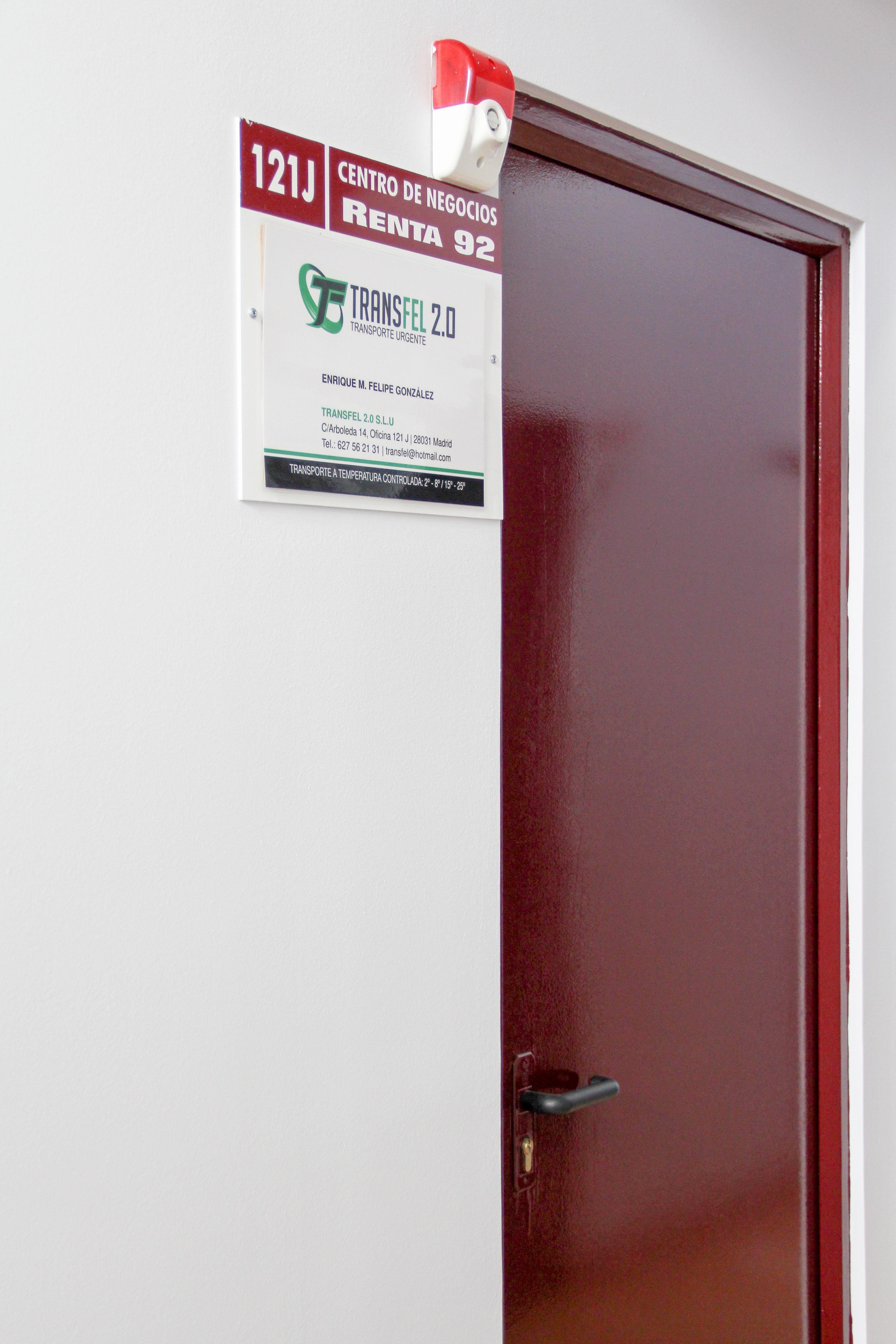 Puerta oficina Transfel 2.0