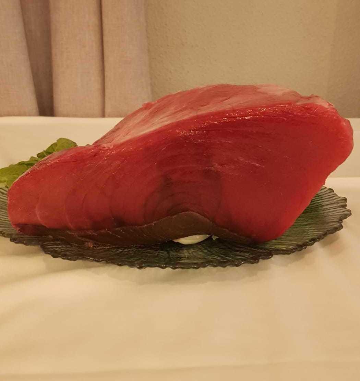 Este fin de semana con tu menú por solo 6€ de suplemento lomo de atún rojo!