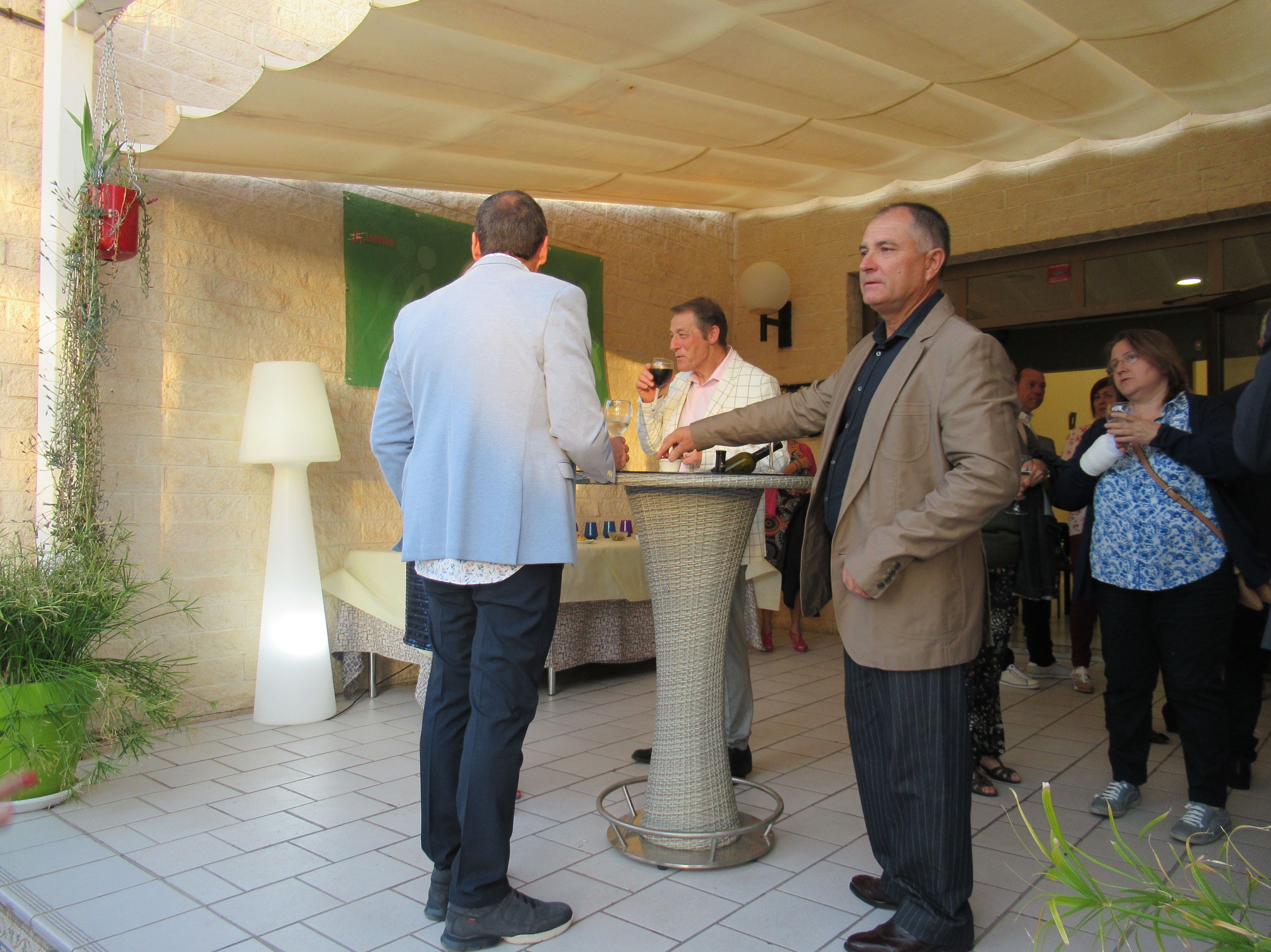 Coctel previo a la cena del club costa blanca marcha nordica