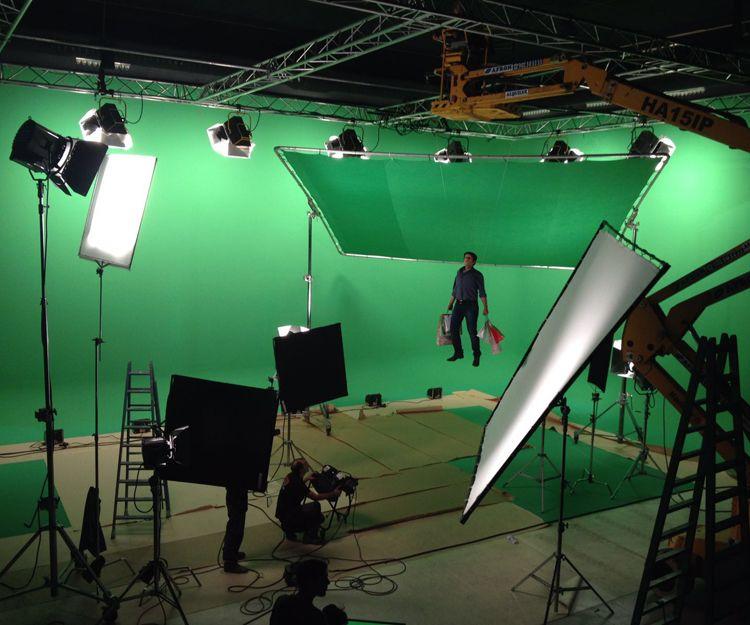 Soluciones integrales de iluminación para producciones audiovisuales en Madrid