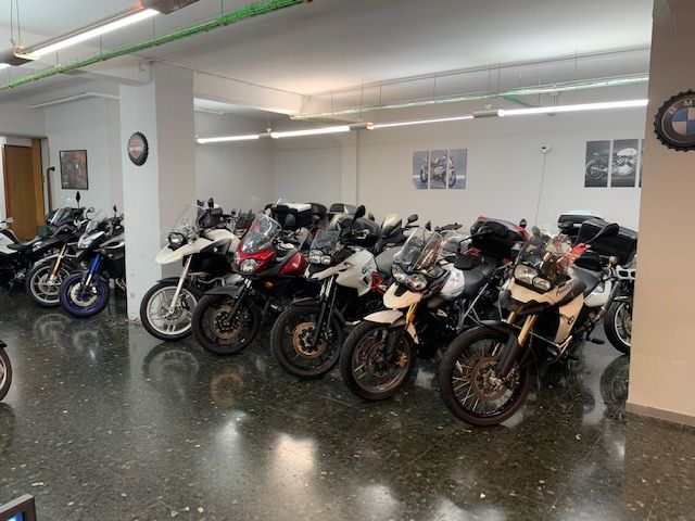 Tienda de motos de ocasión en Eixample de Barcelona