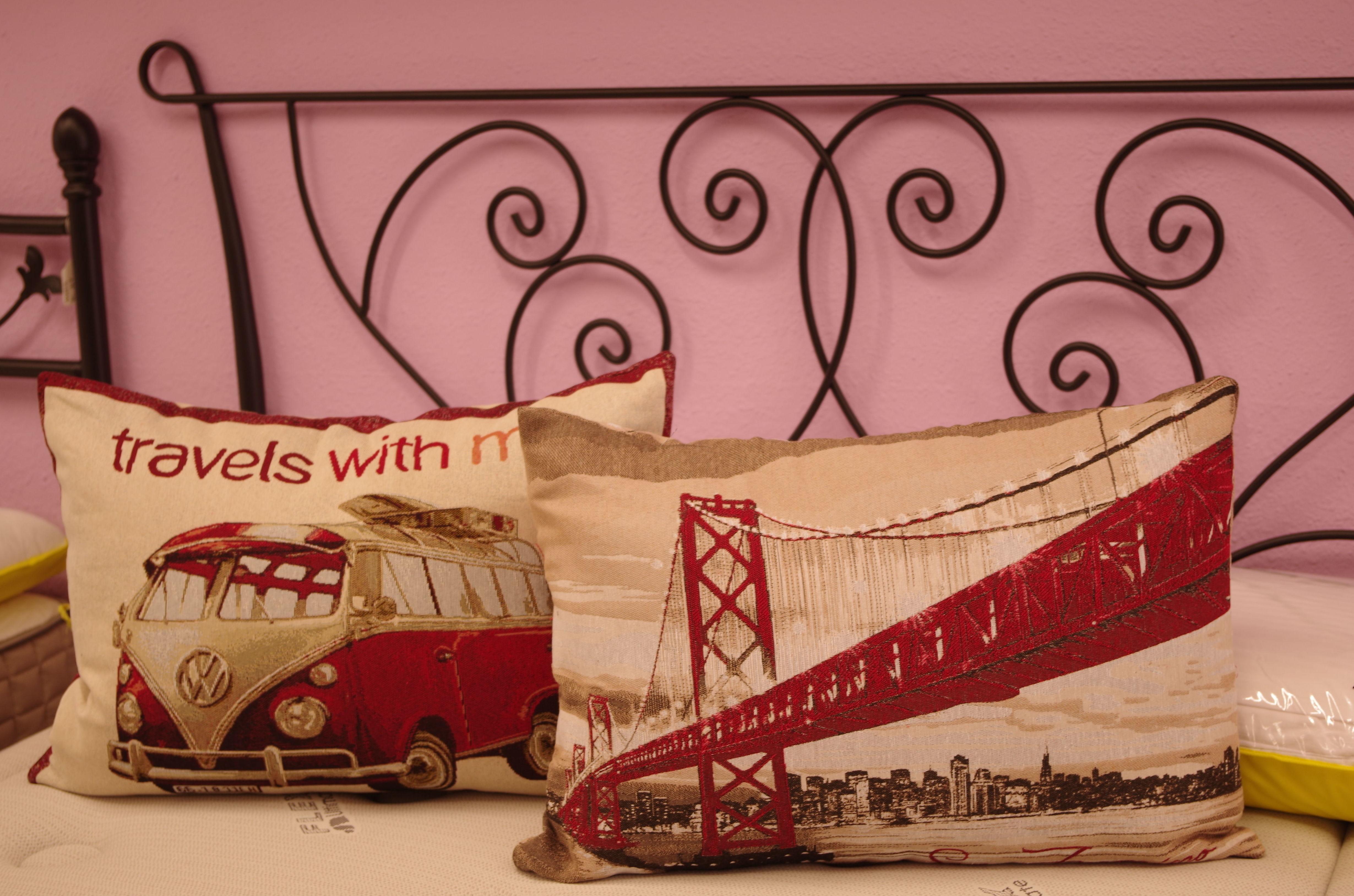 Cabeceros de forja artística y complementos de cama
