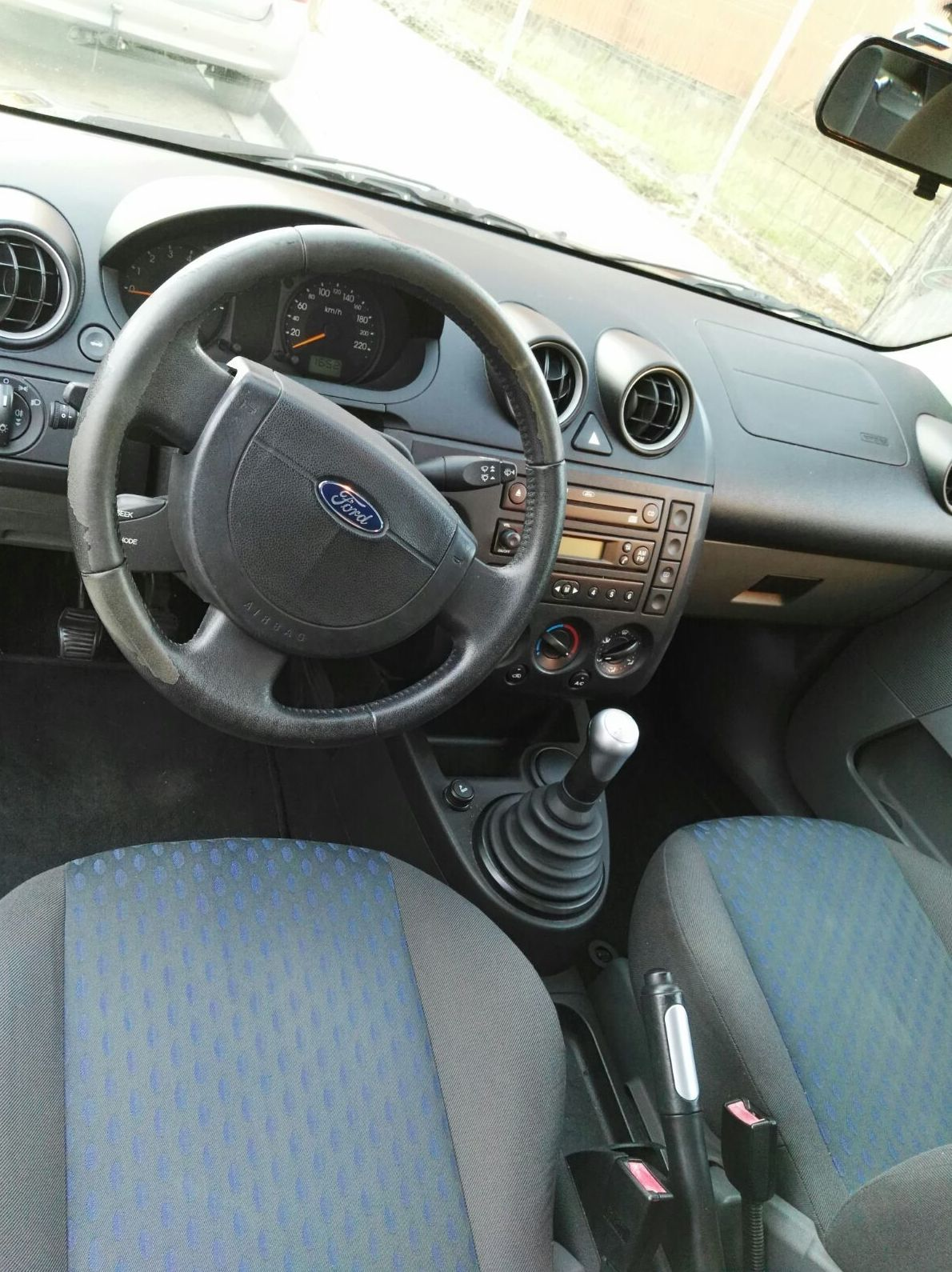 Ford fiesta impecable