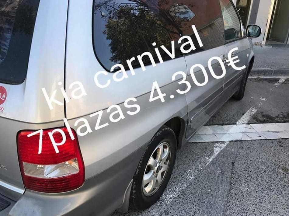 Kia Carnival 7 plazas muy amplia
