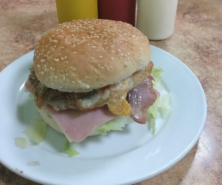 Restaurante especializado en hamburguesas en Daganzo de Arriba