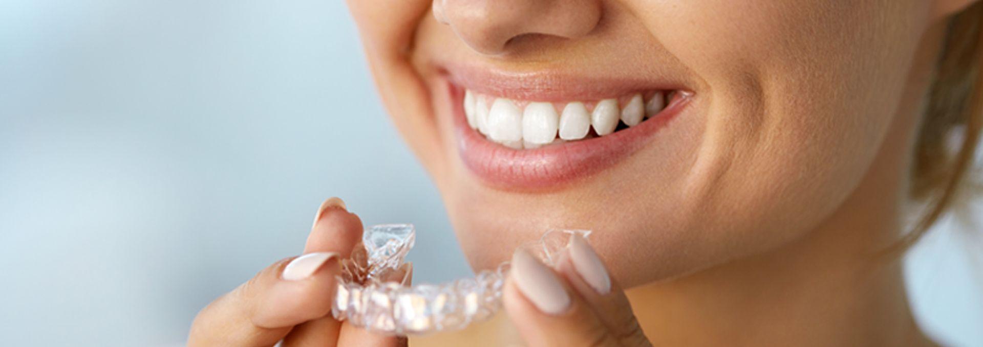 Foto 46 de Clínicas dentales en Madrid | Clínica Dental Reina Victoria 23