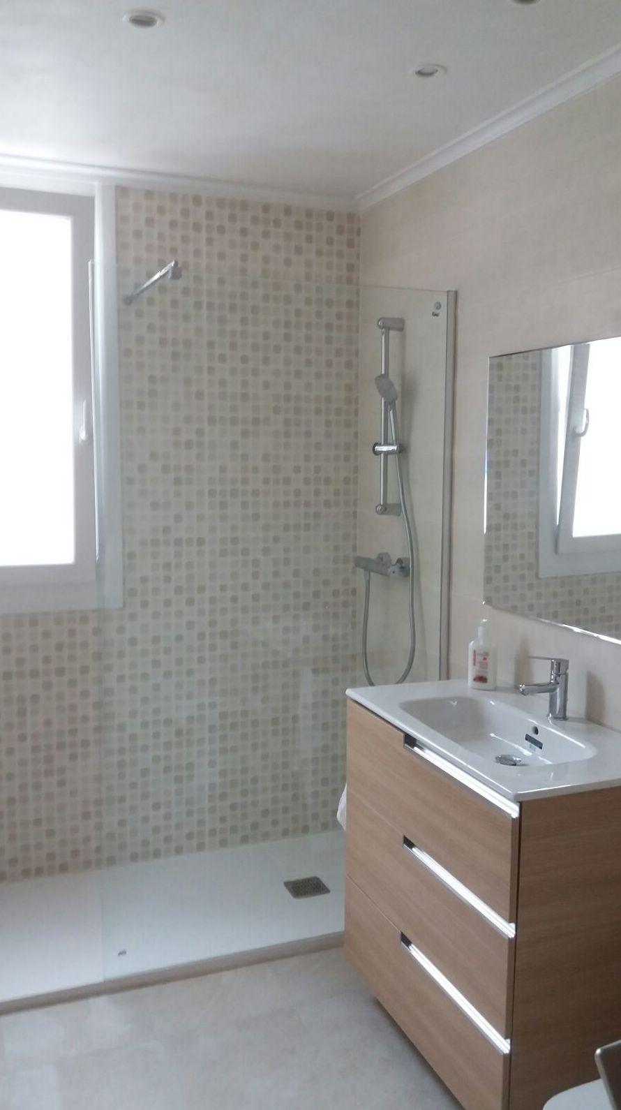 Reformar baño en Albañilería José María Rozas Santander