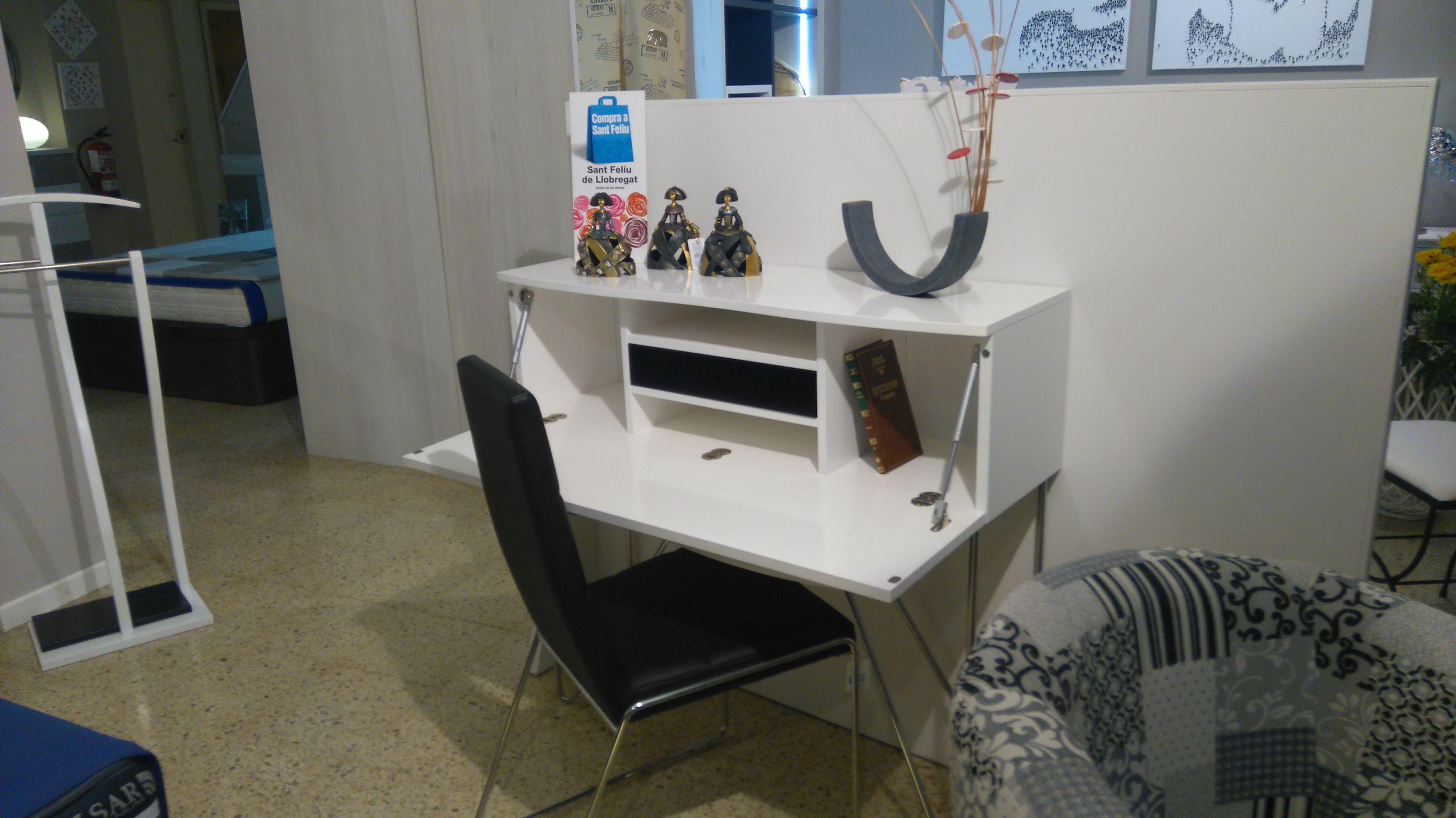 Mueble auxiliar en Sant Feliú de Llobregat